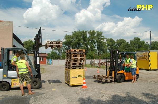 Współpraca dwóch operatorów wózków w praktyce!