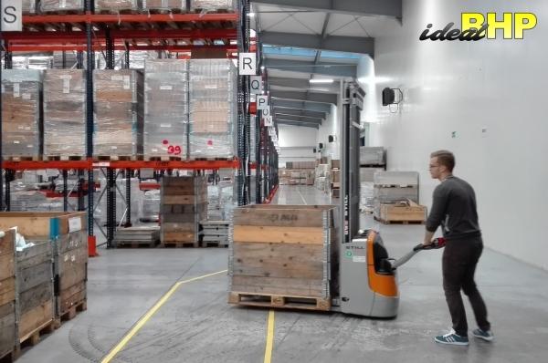 Kurs na wózek podnośnikowy ręcznie prowadzony wysokiego składu
