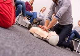 Szkolenie z pierwszej pomocy dla osób wyzaczoncyh do udzielnia pierwszej pomocy